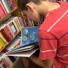 Photo taken at Half Price Books by Tina O. on 5/22/2015