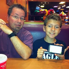 Photo taken at Peter Piper Pizza by Tina O. on 9/28/2013