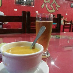 Photo taken at Taiwan Pizzaria by Diegho S. on 1/3/2014