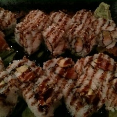Photo taken at Sushi Avenue on the Square by Andre R. on 4/28/2015