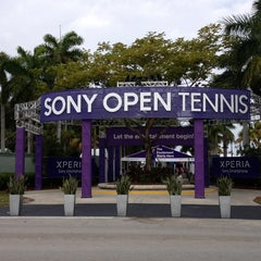 Photo taken at Crandon Tennis Center by Alexis on 3/18/2013