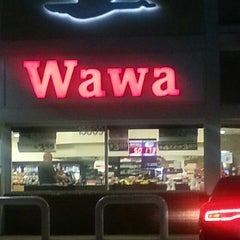 Photo taken at Wawa by Valerie C. on 9/25/2013