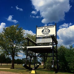 Photo taken at World's Largest Rocking Chair by Carolina F. on 9/30/2014