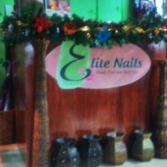 Photo taken at Elite Nails Hands and Foot Spa by Rein V. on 10/27/2012