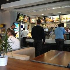 Photo taken at McDonald's by Laszlo István 🉐 A. on 6/11/2013