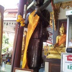 Photo taken at วัดเทพลีลา พระอารามหลวง (Wat Thep Leela) by ally P. on 9/23/2012