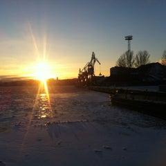 Photo taken at Kalasatama / Fiskehamnen by Sohi on 1/12/2013