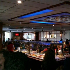 Photo taken at Golden China Super Buffet by Marco Antonio O. on 12/29/2012