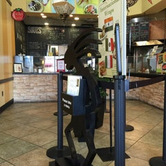 Photo taken at Doc Green's Gourmet Salads and Grill by Andrew S. on 1/10/2015