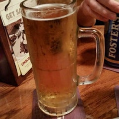 Photo taken at Outback Steakhouse by Mike H. on 12/25/2014