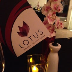 Photo taken at Lotus Japanese Fusion Cuisine by PriAntunesCruz on 1/9/2013