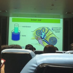 Photo taken at คณะแพทยศาสตร์ (Faculty of Medicine) by middlebr👸 on 12/13/2012