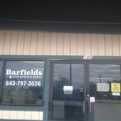 Photo taken at Barfield's Appliance & Parts by Jessica S. on 2/4/2013