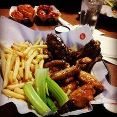 Photo taken at Buffalo Wild Wings by Joseph B. on 11/12/2012