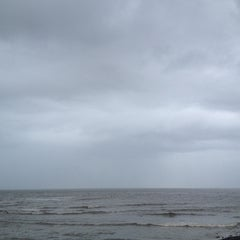 Photo taken at Priyadarshani Park Sea View by Keval on 8/12/2013