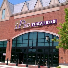 Photo taken at IPic Theaters South Barrington by Amanda H. on 6/23/2013