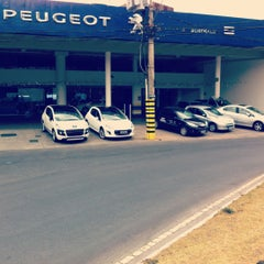 Photo taken at Peugeot BORDEAUX by Michel on 9/30/2012