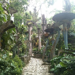 Photo taken at Jardin Edward James Xilitla by Denise C. on 5/2/2013