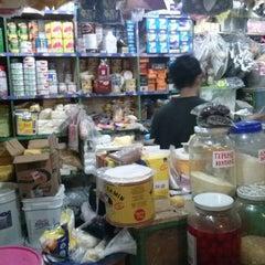 Photo taken at Pasar Atas Cimahi by rangga m. on 7/30/2013