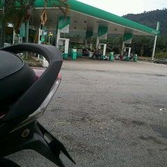 Photo taken at Petronas R&R Seremban (Utara) PLUS Highway. by Muhd S. on 2/13/2013