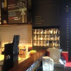 Photo taken at Starbucks by Rin R. on 12/26/2012