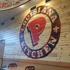 Photo taken at Popeyes Louisiana Kitchen by Rin R. on 11/30/2014