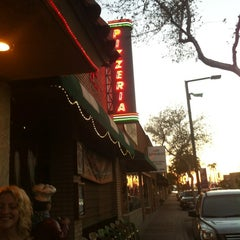 Photo taken at La Piazza al Forno by Laura G A. on 9/16/2012