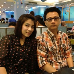Photo taken at MK (เอ็มเค) by Piyawan J. on 4/15/2012
