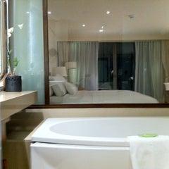 Photo taken at The Westin Siray Bay Resort & Spa by หมีน้อย P. on 10/10/2011