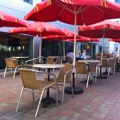 Photo taken at McDonald's - ماكدونالدز by Kirill Z. on 12/29/2010