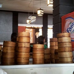 Photo taken at Kafe Biru by Andy C. S. on 10/21/2011