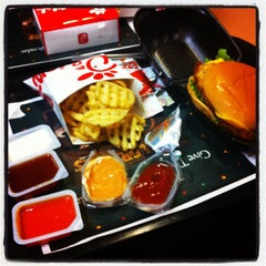 Photo taken at Chick-fil-A by Leezy B. on 12/6/2011