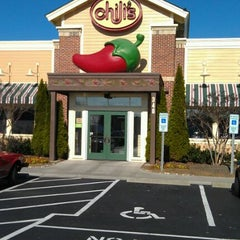 Photo taken at Chili's Grill & Bar by Sharon R. on 12/10/2011