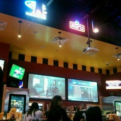 Photo taken at Buffalo Wild Wings by Erick A. on 1/27/2012