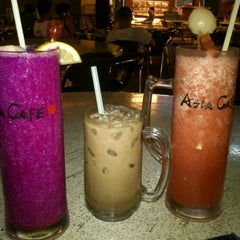 Photo taken at Asia Cafe by Azah A. on 1/26/2012