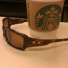 Photo taken at Starbucks by Brad 🙉 Y. on 9/7/2011
