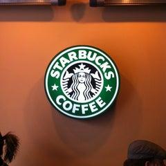 Photo taken at Starbucks by Zhenya K. on 10/30/2011