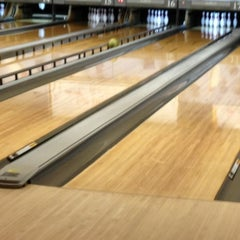 Photo taken at Badger Bowl by Huan-Hua C. on 2/26/2012