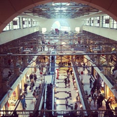 Photo taken at Patio Bullrich by Oliver A. on 10/9/2011