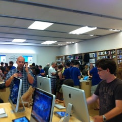 Photo taken at Apple Store, Towson Town Center by Randy C. on 7/23/2011