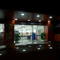 Photo taken at Super Líder Supermercados by José Rubens O. on 1/6/2012