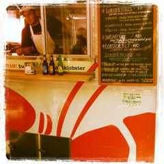 Photo taken at Red Hook Lobster Pound Truck by Erin L. on 7/6/2012