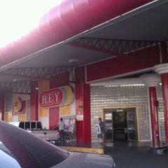 Photo taken at Supermercados Rey by Karlotita C. on 2/18/2012