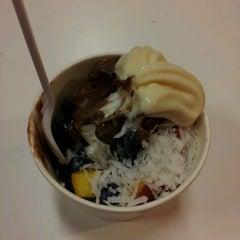 Photo taken at Yogurt Circle by Azat M. on 9/13/2012