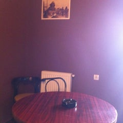Photo taken at Retro Caffe by Teodora A. on 1/27/2012
