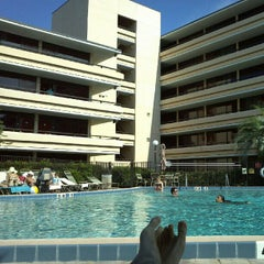 Photo taken at Rosen Inn at Pointe Orlando by Guilherme P. on 6/15/2012