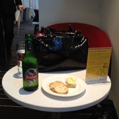 Photo taken at Qantas Club Lounge by Jase on 8/19/2012