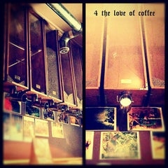 Photo taken at Cafeteca by Octavian on 6/22/2012