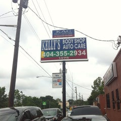Photo taken at Kelly's Auto Care by J P. on 5/29/2012