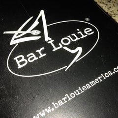 Photo taken at Bar Louie Chattanooga by Salena on 11/28/2012